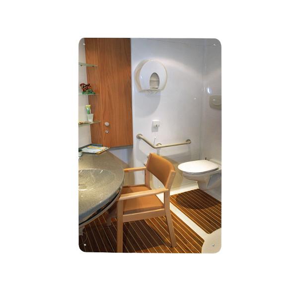 Miroir plat pour sanitaires miroir de signalisation et for Miroir acrylique incassable