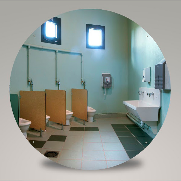 Miroir plat pour sanitaires miroir piscine salle de for Securite piscine miroir