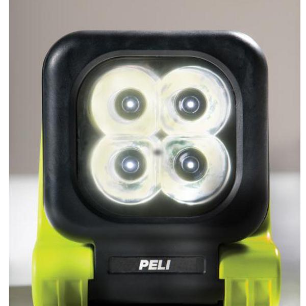 projecteur rechargeable led 9410 projecteur de chantier led achatmat. Black Bedroom Furniture Sets. Home Design Ideas